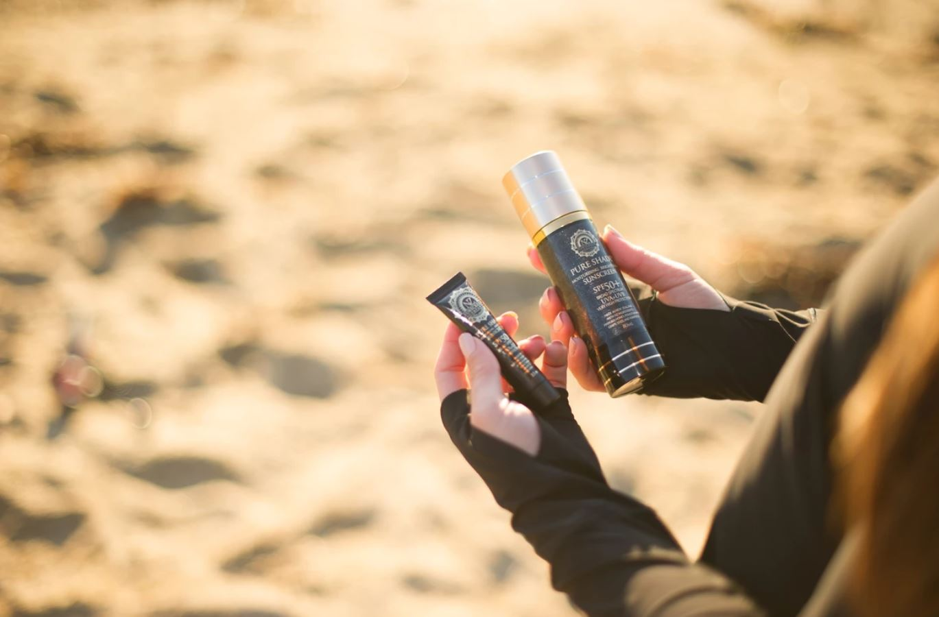 kem chống nắng 4 in 1 Pure Shade SPF 50+ Moisturising & Sunscreen 1