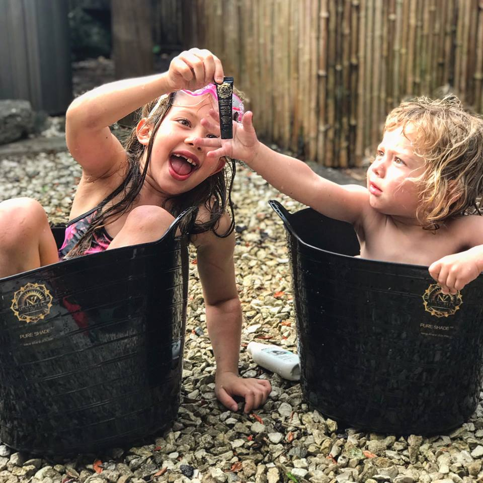 Kem chống nắng Pure Shade SPF 50+ Moisturising & Sunscreen phù hơp cho trẻ em