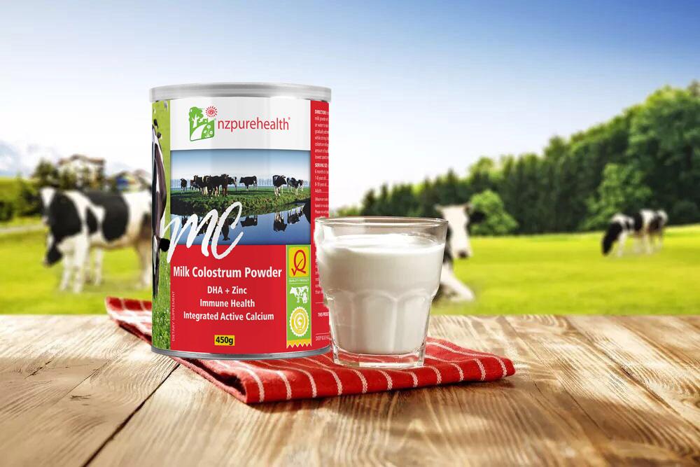 Sữa non NZ Pure Health được lấy từ 100% sữa non của bò mẹ New Zealand nguyên chất